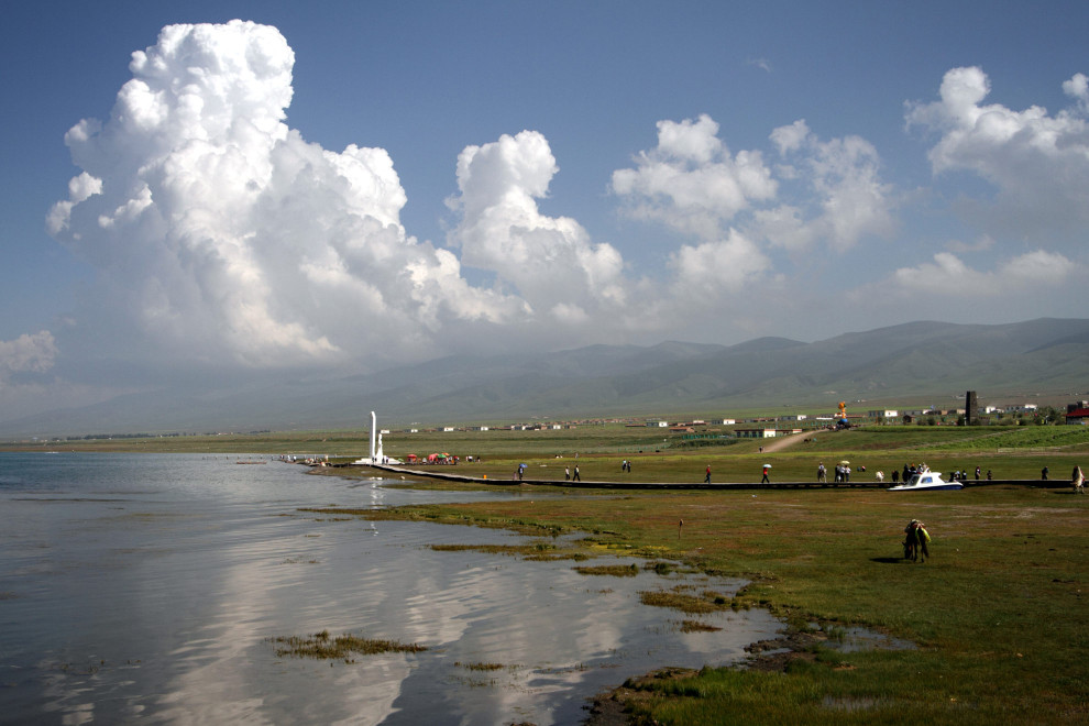 A view of Qinghai Lake, located in the north-eastern Tibetan Plateau.