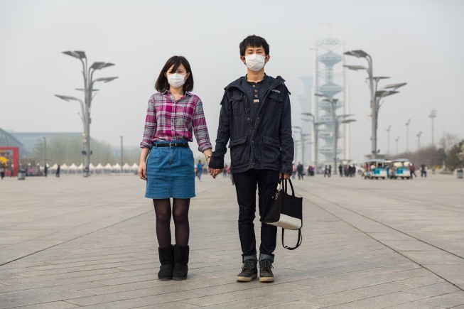 Beijing-Masked-City-Air-Pollution-26